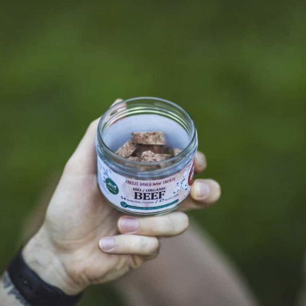 Bio marha fagyasztva szárított BARF jutalomfalat, Pet Farm Family