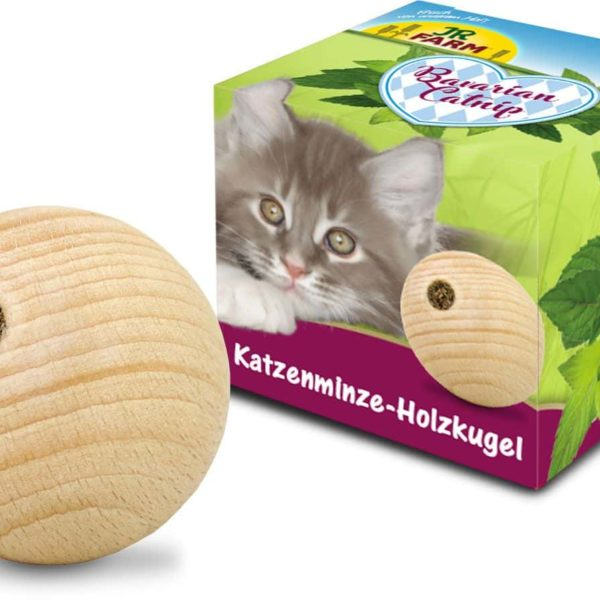 JR Farm Cat Bavarian Catnip Wooden-Ball